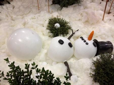 1012fair-snowman-450x337