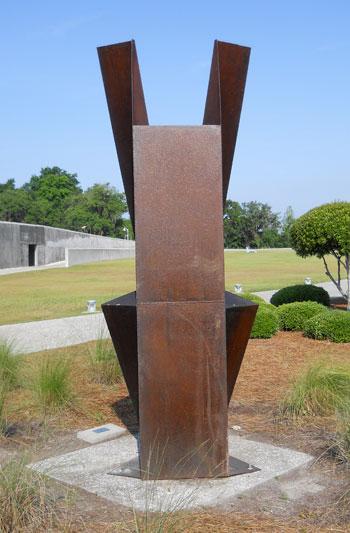 512ncaf-sculpture1